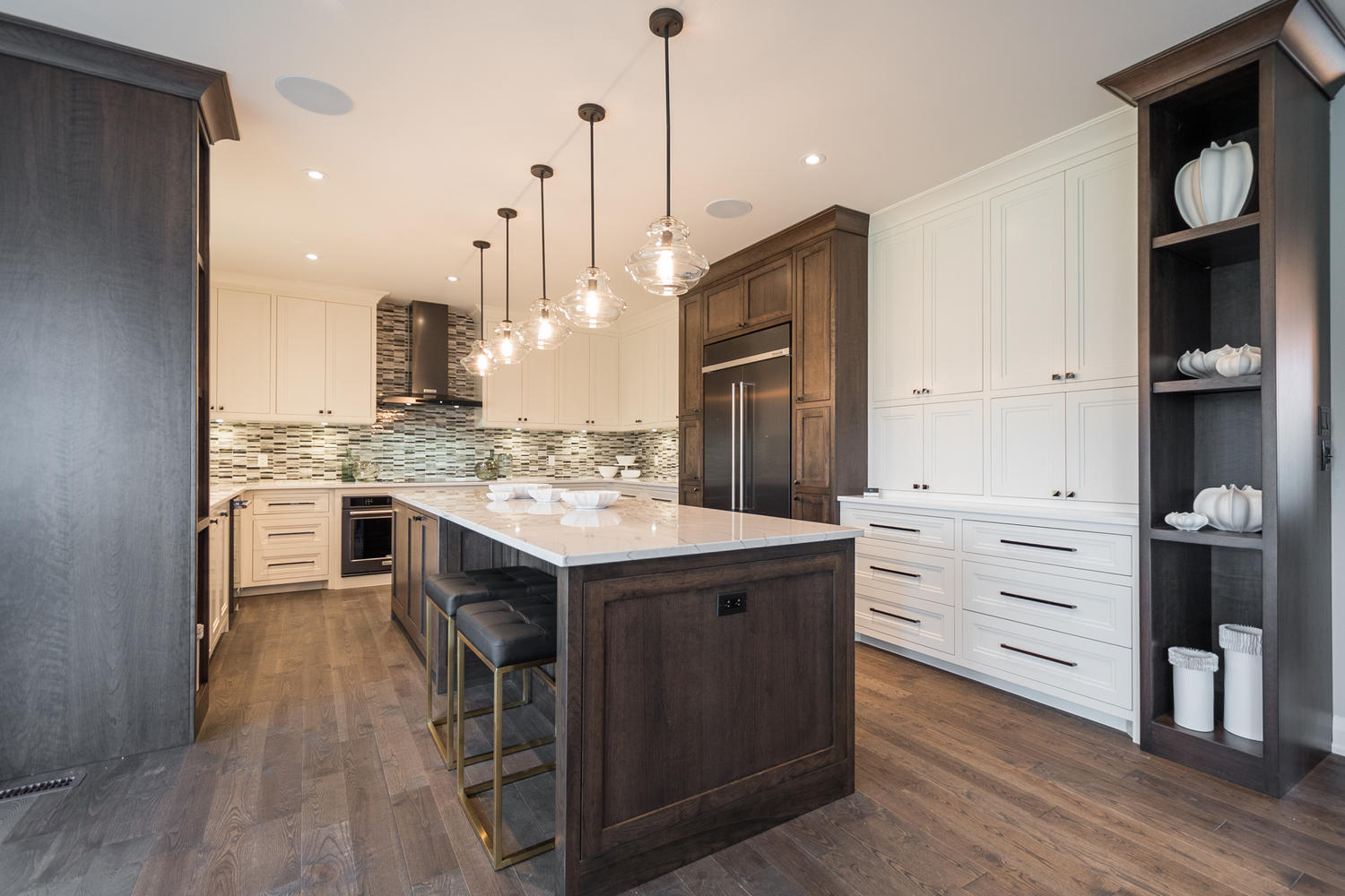 Meadowlands Way Sunningdale ON-large-011-6-Dream Lottery Home-1500x1000-72dpi